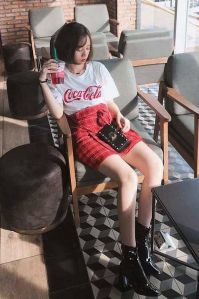 Set áo CoCa CoLa và Chân váy